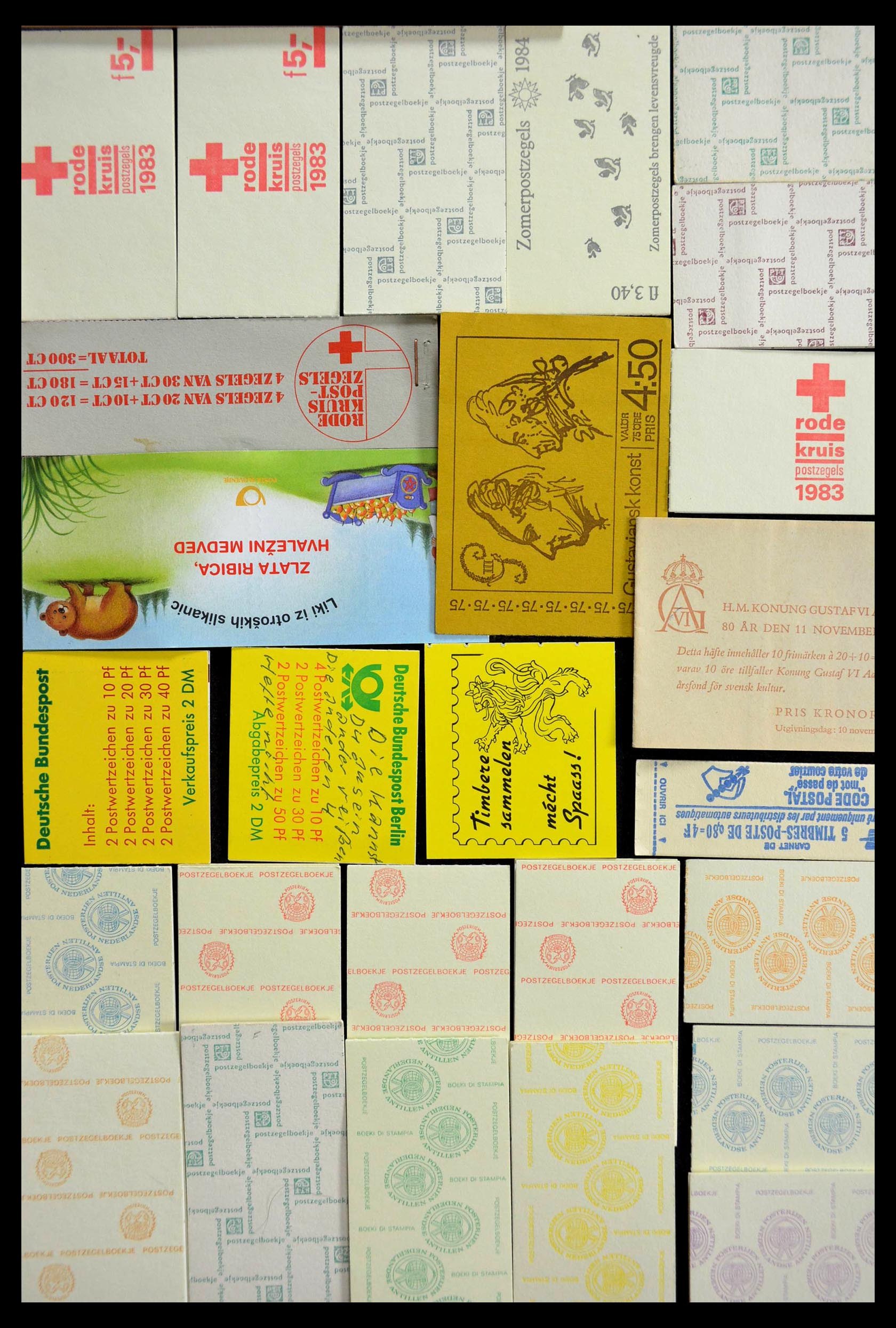 28824 009 - 28824 West Europa postzegelboekjes t/m modern.