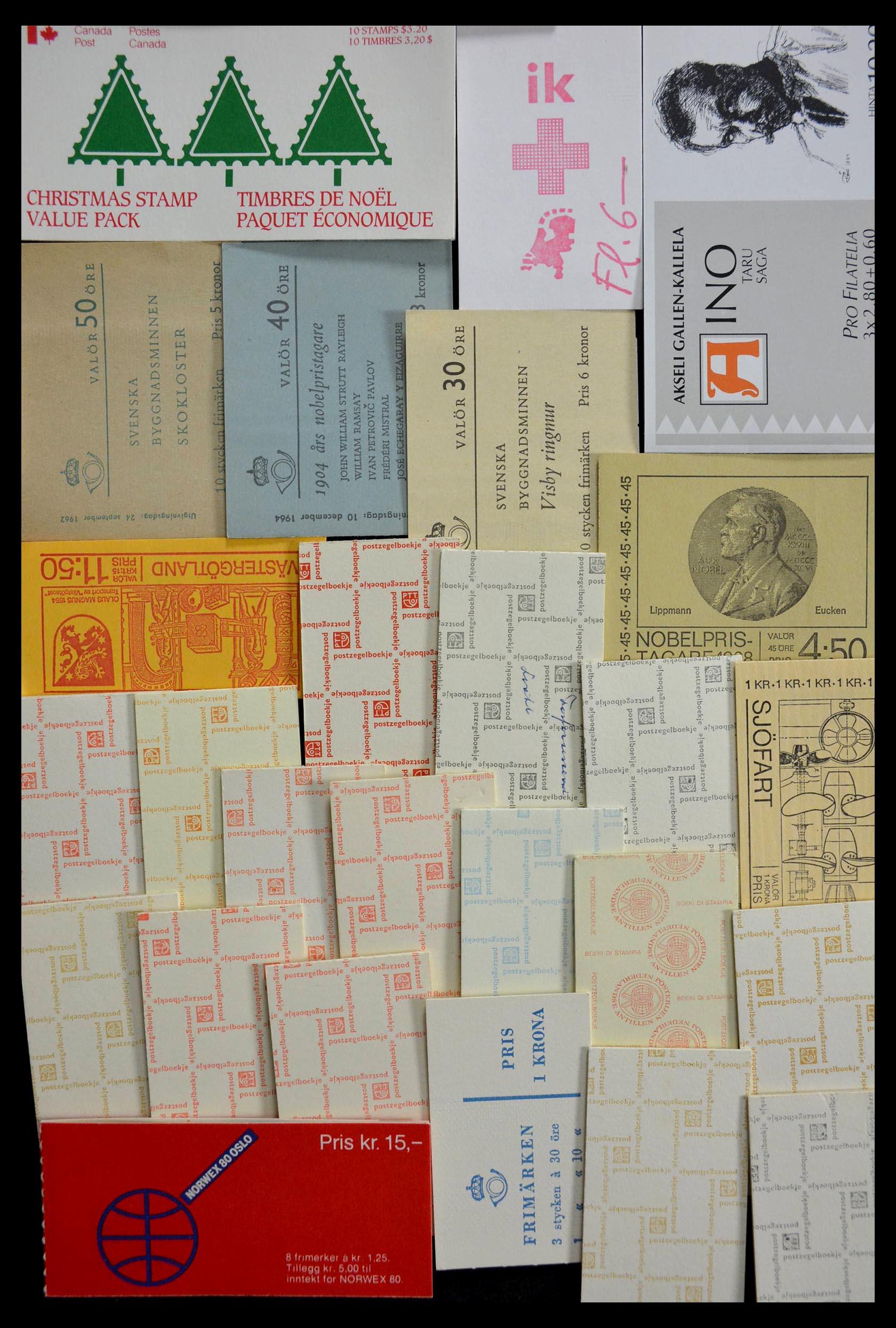 28824 017 - 28824 West Europa postzegelboekjes t/m modern.
