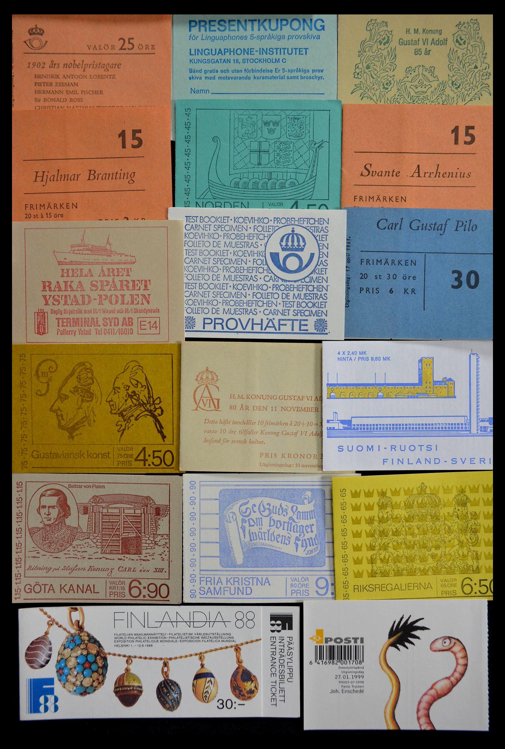 28824 019 - 28824 West Europa postzegelboekjes t/m modern.