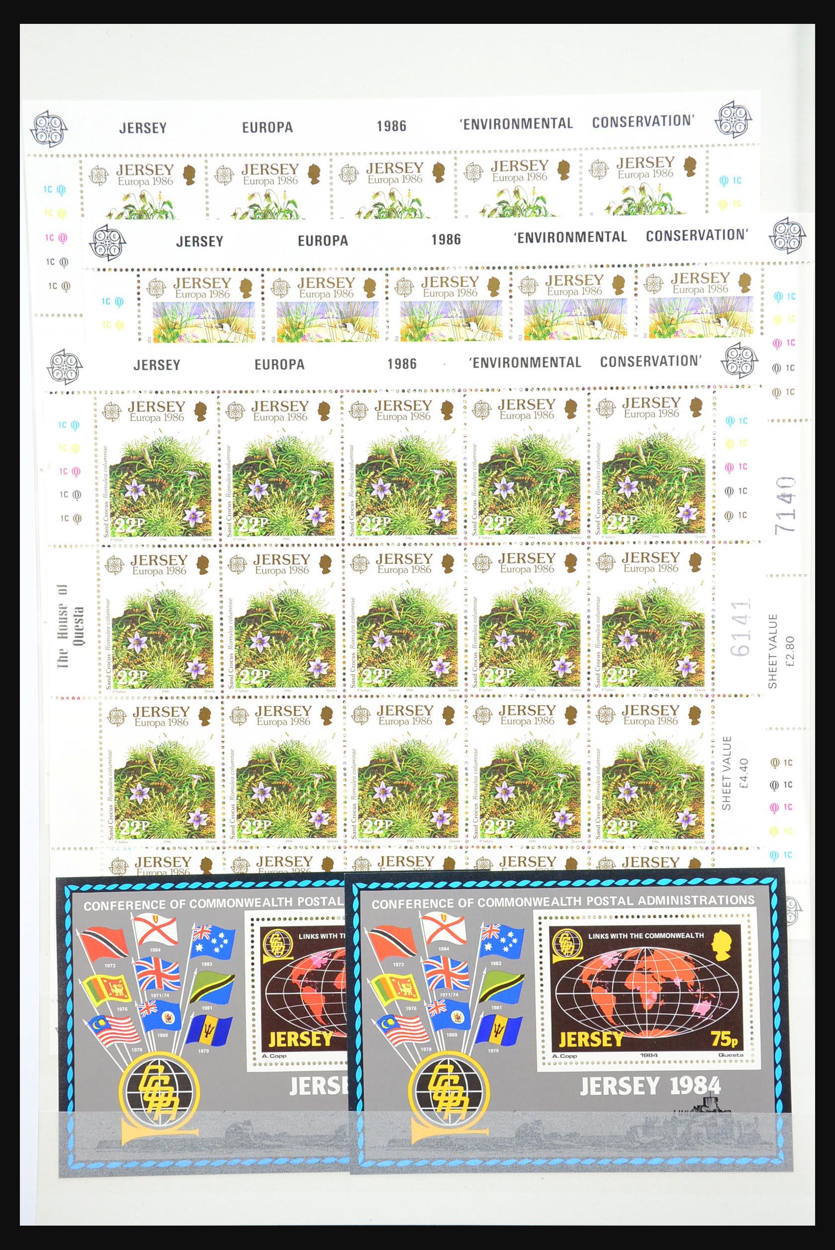 31249 010 - 31249 Kanaaleilanden blokken en velletjes 1978-1997.
