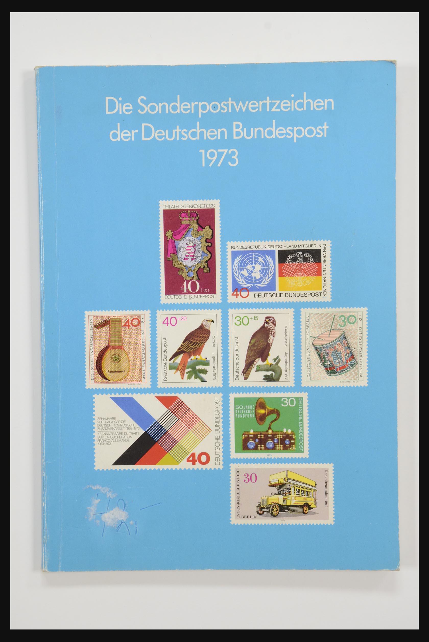 31834 001 - 31834 Bundespost yearbooks 1973(!)-1999.