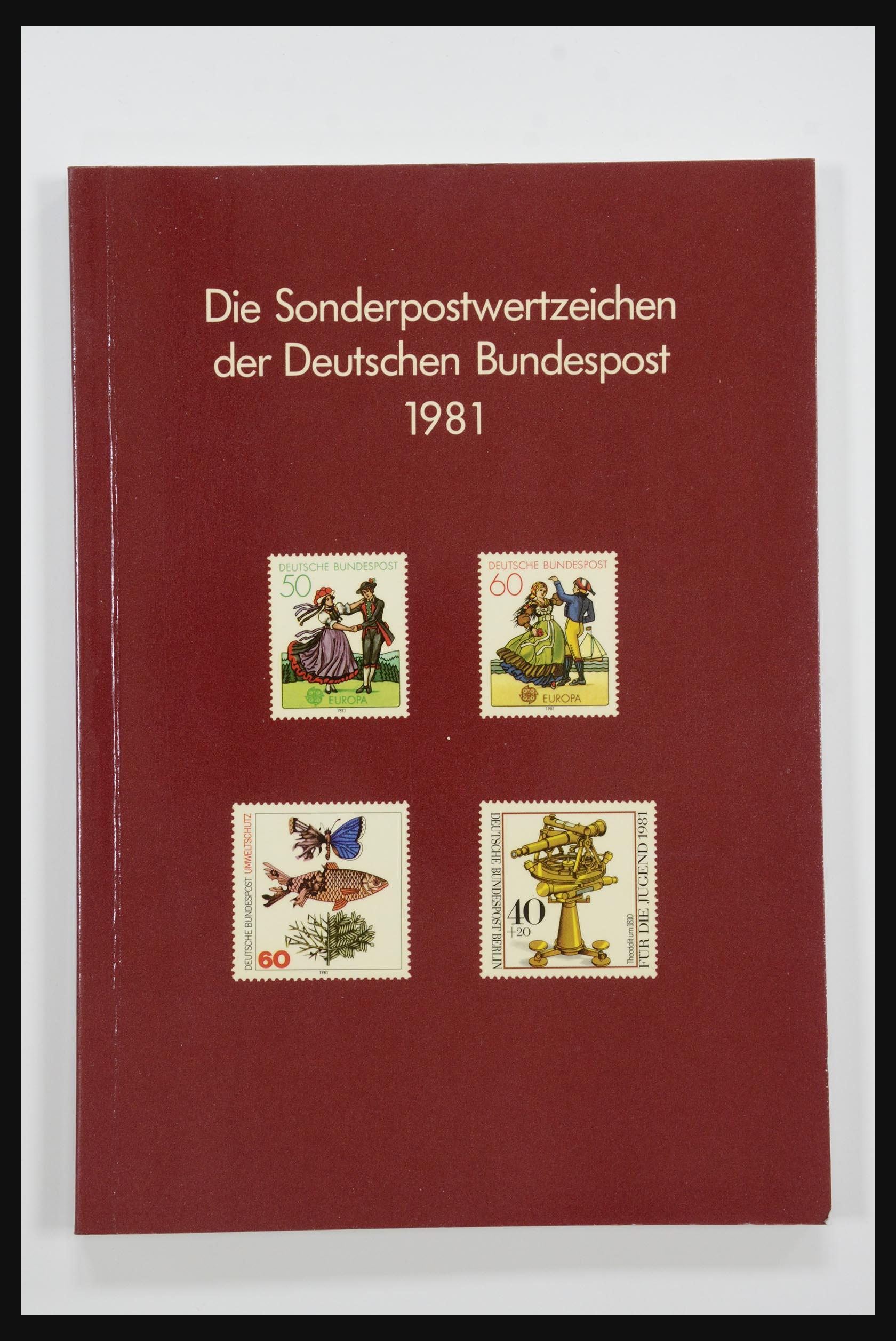 31834 009 - 31834 Bundespost yearbooks 1973(!)-1999.