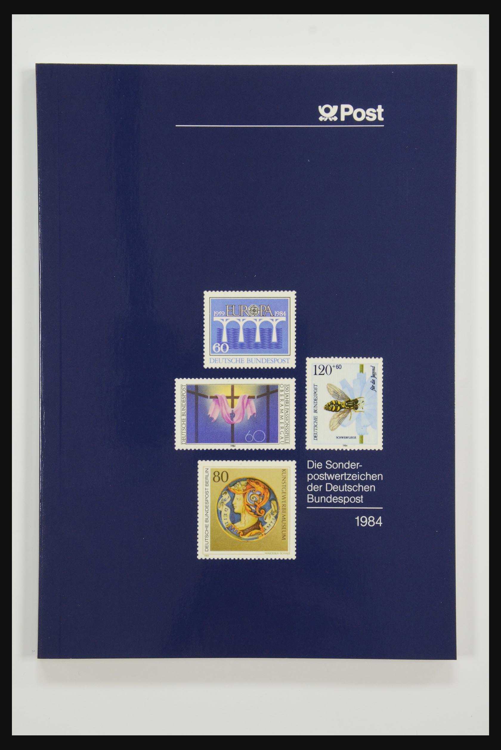 31834 012 - 31834 Bundespost yearbooks 1973(!)-1999.