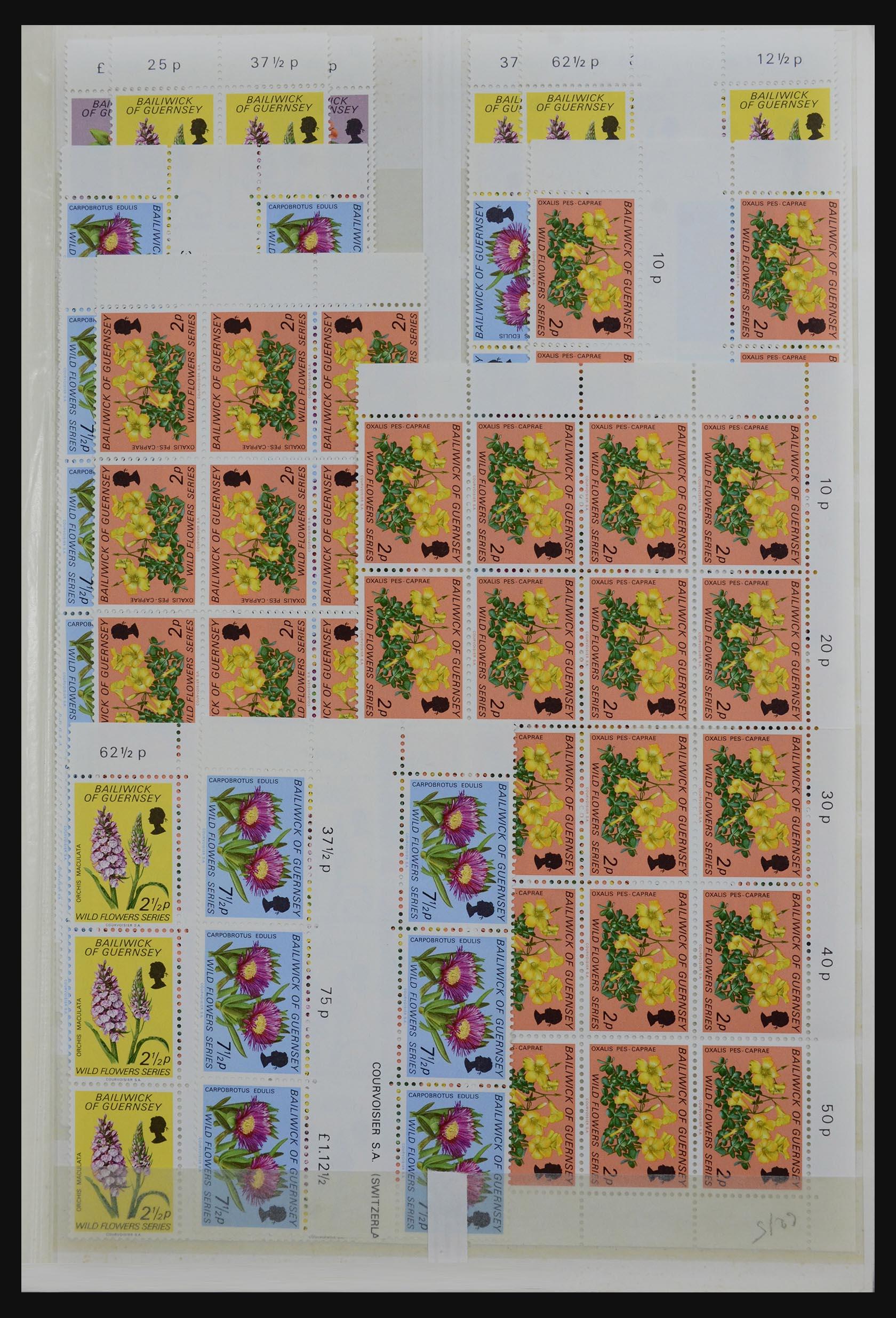 32180 001 - 32180 Guernsey 1972-1992.