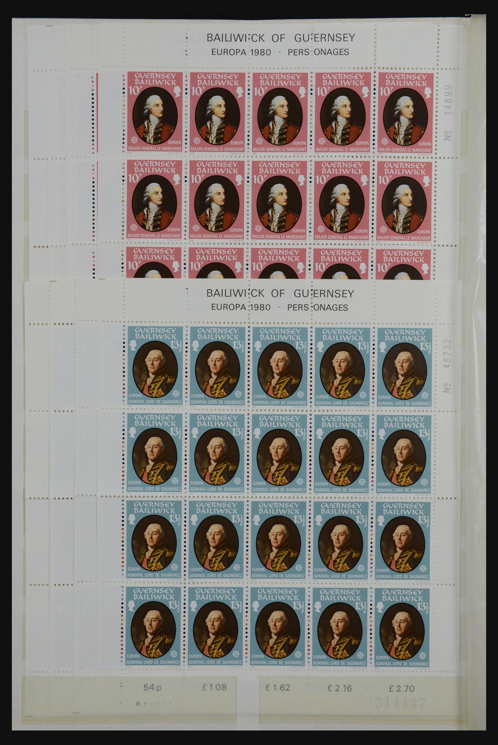 32180 008 - 32180 Guernsey 1972-1992.