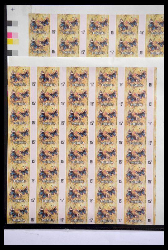 Postzegelverzameling 28749 Wereld ongetand 1964-2000.