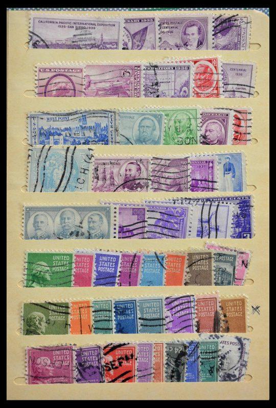 Postzegelverzameling 29296 Wereld 1880-1990.