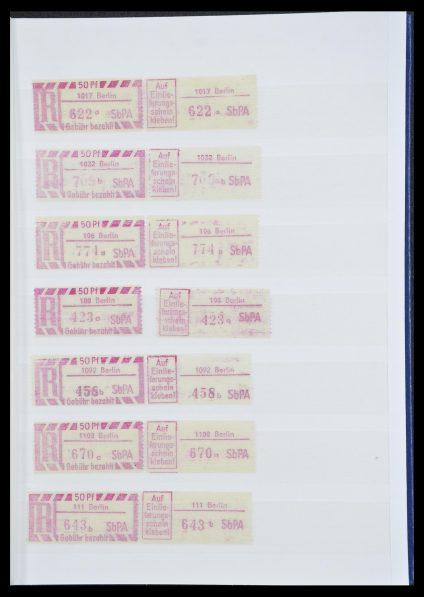 Postzegelverzameling 33849 DDR back of the book 1956-1990.