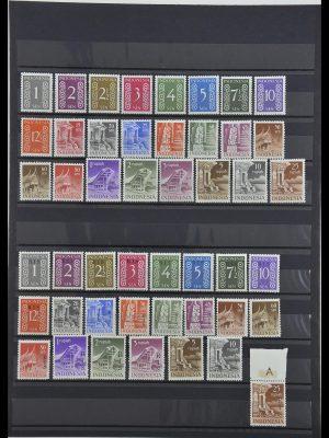 Postzegelverzameling 34014 Indonesië 1950-1954.