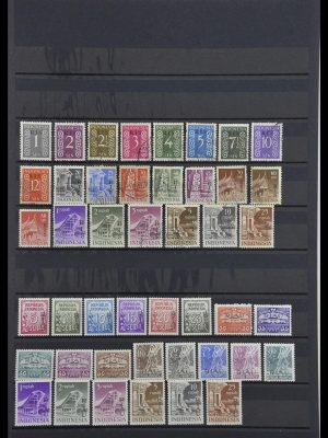 Postzegelverzameling 34015 Indonesië 1950-1954.
