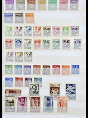 Postzegelverzameling 34041 Frankrijk 1945-1971.