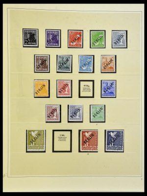 Postzegelverzameling 34199 Berlijn 1948-1974.